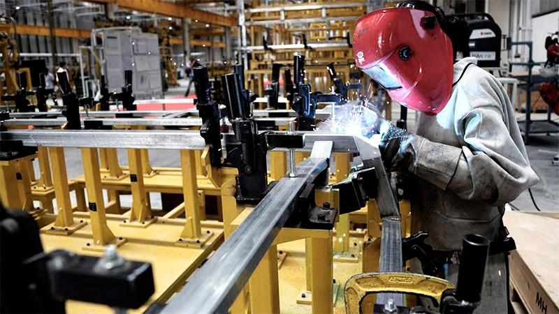 Más de 640 fábricas volverán a producir esta semana: Cuáles son de Entre Ríos