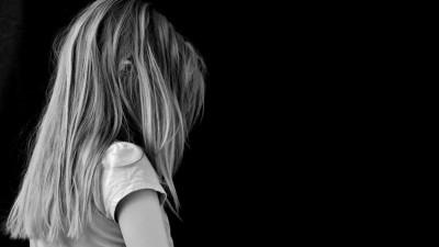 Una nena de 10 años fue violada por su padrastro y está embarazada de 6 meses