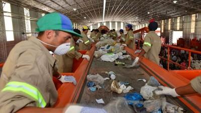 Proyectan crear un programa de empleo mínimo garantizado: En qué consiste