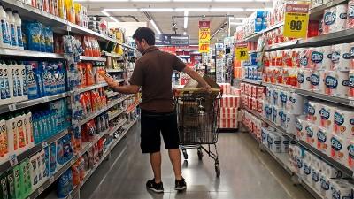 Reglamentaron la Ley de Góndolas: qué cambios deberán hacer los supermercados