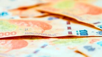 Condenaron a financiera por cobros indebidos y debe restituir dinero a clientes