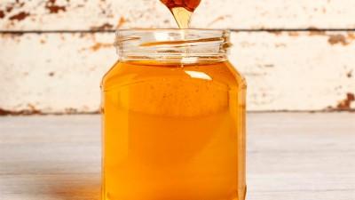 Prohíben la venta de una miel: los envases contienen jarabe de maíz