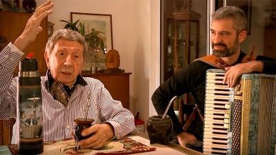 La canción que Luis Landriscina le dedicó al mate junto a Hernán Crespo