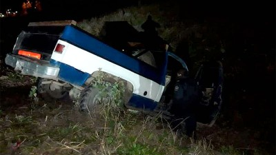 Camioneta despistó en Ruta 12 y cayó en la banquina: el conductor estaba ebrio