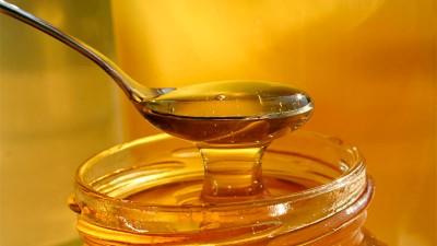 La ANMAT prohibió la comercialización de una miel en todo el país