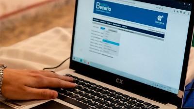 Inicia el cronograma de pagos de becas para estudiantes secundarios