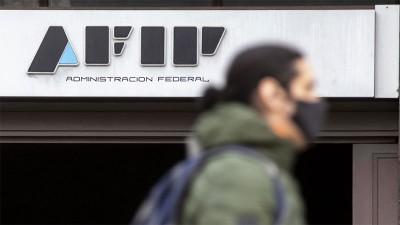La AFIP extiende beneficios para monotributistas y suspende exclusiones