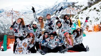 Afirman que a fines de septiembre regresarán los viajes de egresados a Bariloche