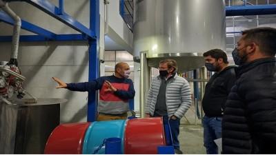La provincia acompaña el crecimiento de empresas de Oro Verde y Strobel